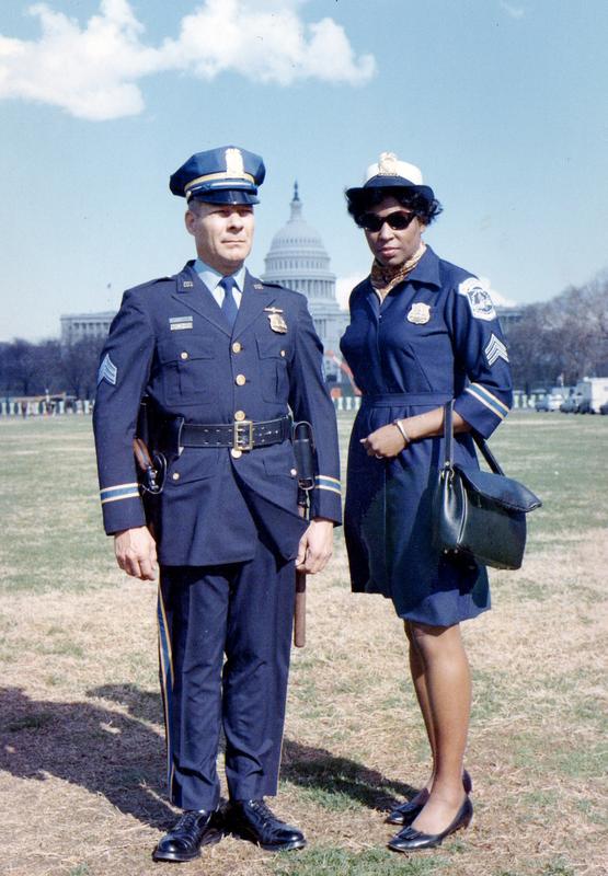 MPD Metropolitan Police Department Harbor Patrol Police Collar Uniform Pin